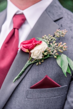 Rental store for BOUTONNIERE in Mishawaka IN