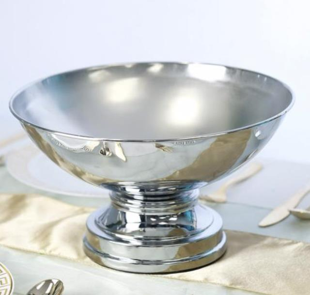 Where to find SHINY SILVER FOOTED COMPOTE in Mishawaka